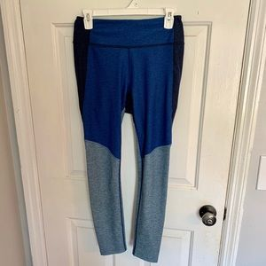 Outdoor Voices 7/8 spring leggings- Size M - Blue
